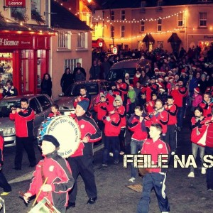 Féile na Soilse Parade: December/Nollag