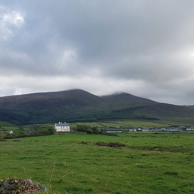 stradbally mountain and beenoskee dingle peninsula Ireland