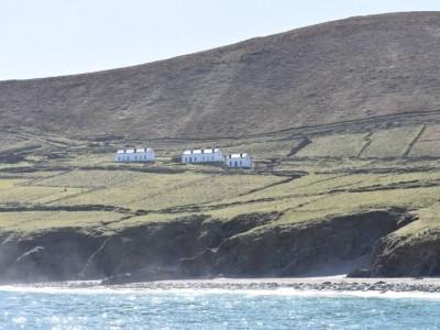 Great Blasket Island Experience - Island Accommodation