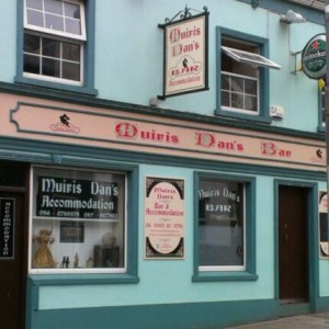 Muiris Dan's Bar