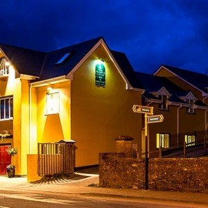 Dingle Marina Lodge