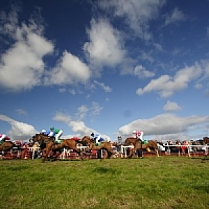 Dingle Races: September/ Meán Fómhair